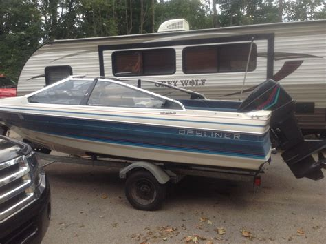 bayliner boats any good bayliner capri 1988 for sale for 100 boats from usa