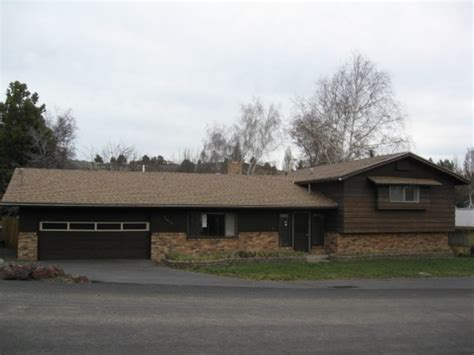 houses for sale klamath falls oregon 2450 redwood dr klamath falls or 97601 detailed property info reo properties and