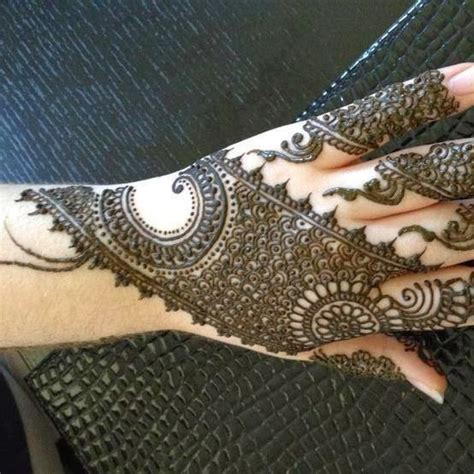 new mehndi design by sabs beauty salon mehandi designs