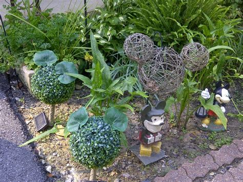 Mickey Mouse Garden Decor Mickey Mouse Garden Decor Ingeflinte
