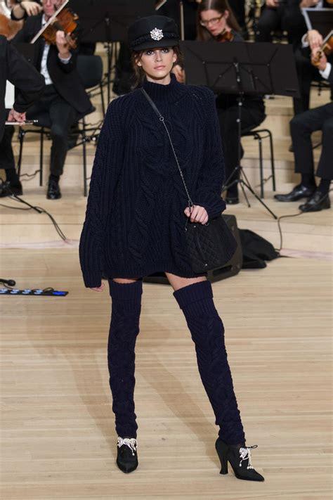 kaia gerber chanel 2019 chanel pre fall winter 2018 2019 pre collections fashion show