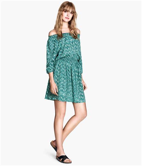 Hm Blue Patterned Dress lyst h m patterned dress in green
