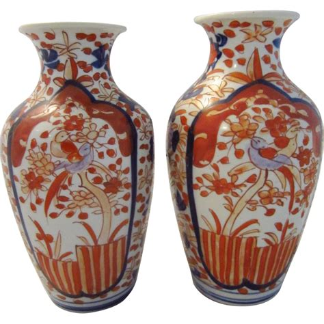 Painted Japanese Vases pair of antique japanese imari painted vases from