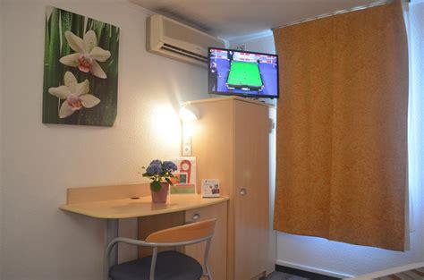 r駸ervation chambre d hotel chambres d h 244 tel 224 la rochelle proche ile de r 233 fouras