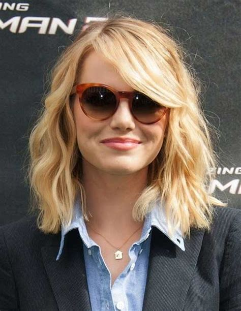 emma stone wavy hair celebrities short hair the best short hairstyles for