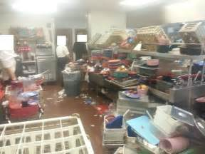 shocking photos and shows golden corral more