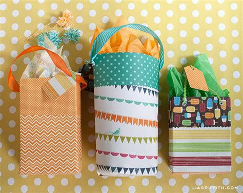 How To Make Paper Goody Bags - diy paper gift bags
