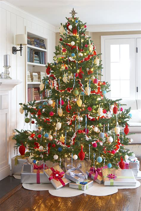 home decorated christmas trees 70 diy christmas decorations easy christmas decorating ideas