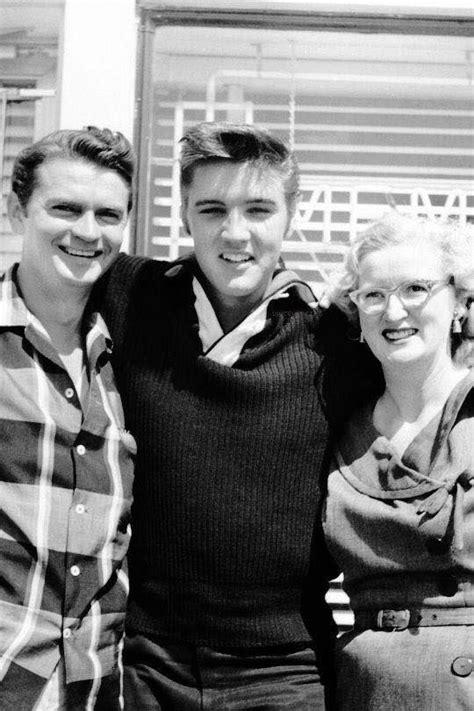 Marion Records Elvis Sam Phillips And Marion Keisker Sun Records Studio 1956 Elvis