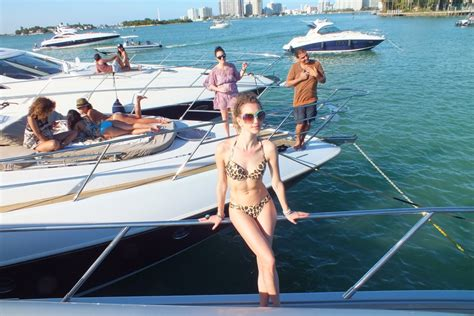 how much is a party boat boat party in miami beach v fashion world