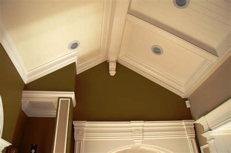 crown molding vaulted ceiling vaulted ceiling crown molding outside corner modern