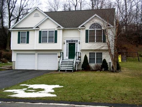 raised ranch just listed 3 bedroom raised ranch 35 berkshire rd ansonia ct