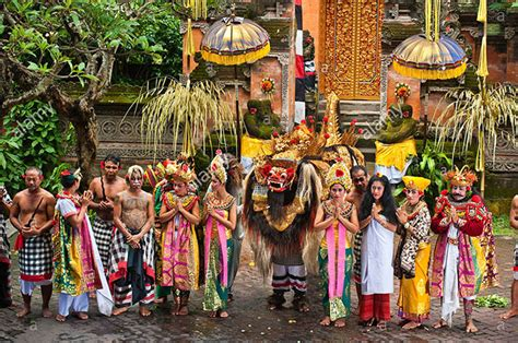 visit traditional villages  bali whats  bali
