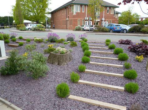 Landscape For Office Northern Estates Services Limited 187 Re Landscaping