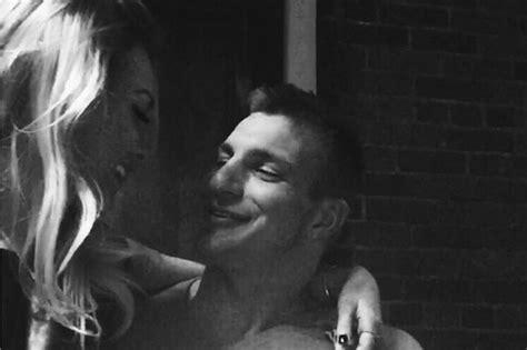 camille kostek rob gronkowski s cheerleader girlfriend meet rob gronkowski girlfriend camille kostek total pro