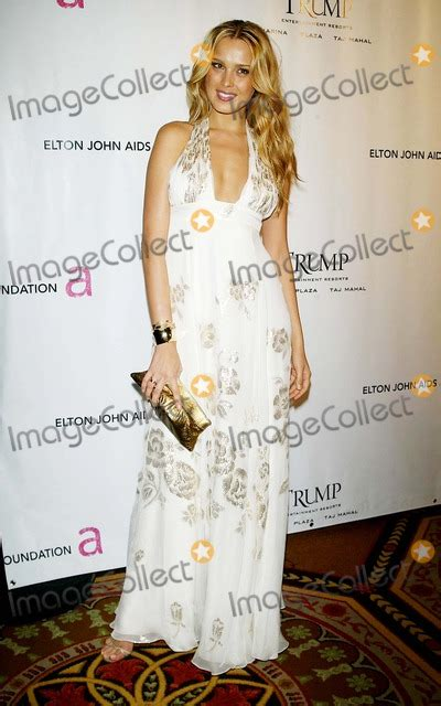 Sixth Annual Gala Benefit For Only Make Believe by Photos And Pictures Nemcova Arrives For The Sixth