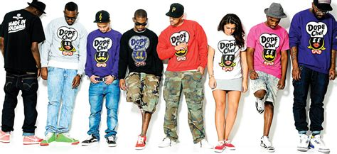 how to start and market a clothing line