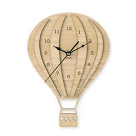 Jam Tangan Shape Simple Design whole lot of air on air balloon air
