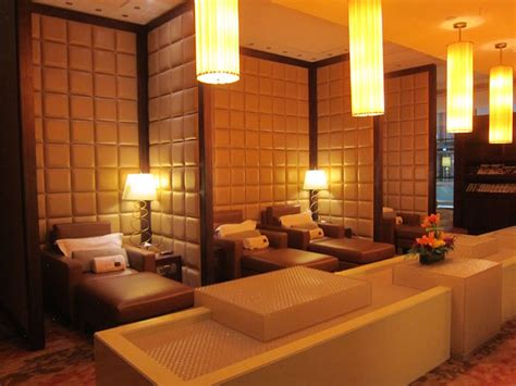 bangkok airport sleeping rooms review emirates class lounge dubai dxb one mile at a time