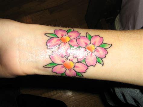 tattoo girl flower 30 flower wrist tattoos for girls