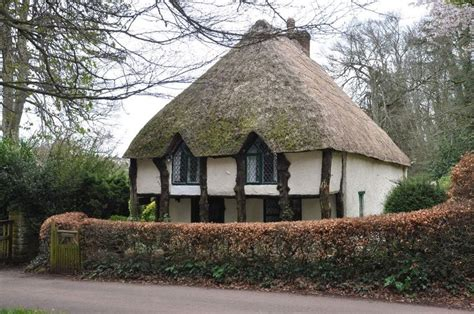 Cottages Near Torquay by Traditional Thatched Cottage Cottages