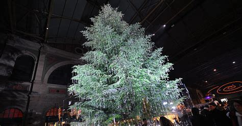 christmas trees around the world slideshow trees around the world slide 28 ny daily news