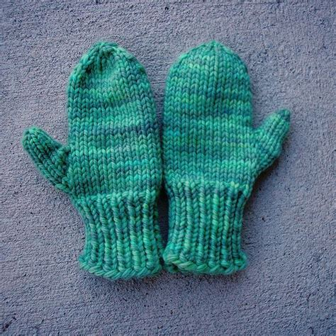 knitting pattern mittens easy pie crusts mittens and crusts on pinterest