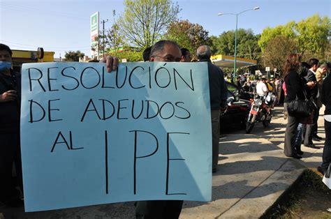 retraso en pago de pensiones es un asunto de liquidez jubilados y maestros protestar 225 n este viernes por retraso