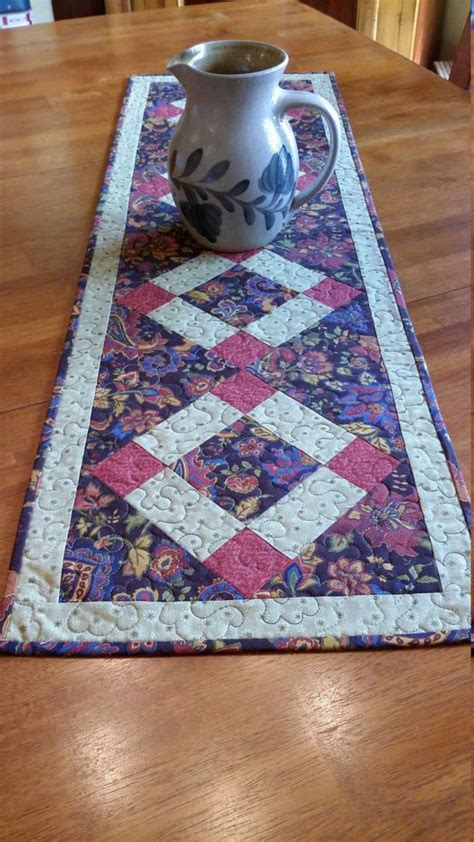 table runner size for 8 table best 25 table runner size ideas on quilted