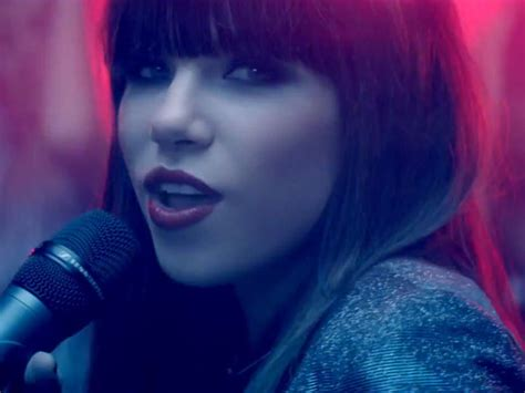 carly rae jepsen movie carly rae jepsen s this kiss video watch the 80s