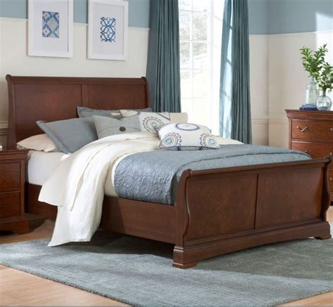 broyhill queen bedroom set broyhill furniture rhone manor queen sleigh bed in