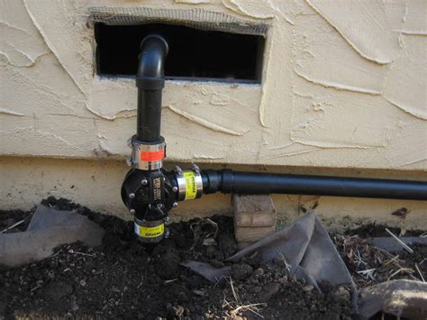 shower system with electronically controlled diverter valve