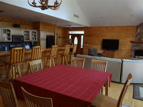 Traverse City Cing Cabins by Traverse Log Home Rental 011 Cabin 9 Windjammer Resort