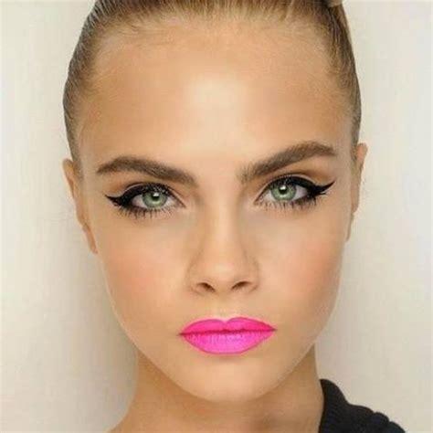 cara delevingne pink lipstick get the look cara delevingne s winged liner hot pink lips
