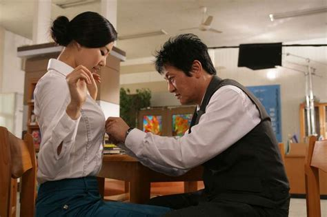 film romance paling hot sexy teacher korean movie 2006 누가 그녀와 잤을까