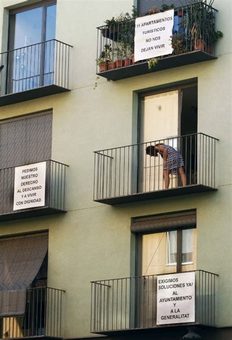 alquiler de apartamentos por dias en valencia valencia empieza a ordenar el cierre de apartamentos por