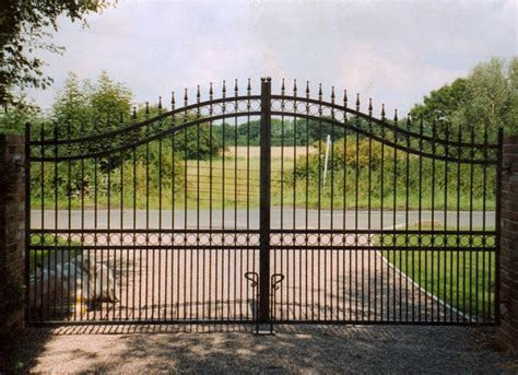 large gate orchard workshops electric gates gallery south automated remote
