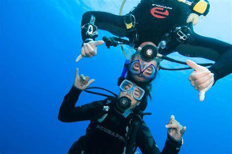 dive master divemaster idc in pattaya thailand