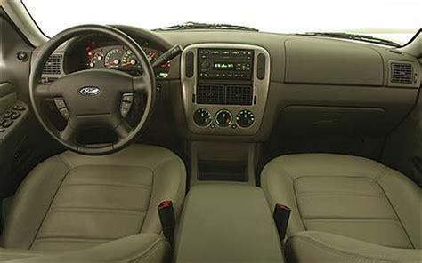 2004 Ford Explorer Interior by 2005 Gmc Envoy Slt Vs 2004 Ford Explorer Xlt Vs 2005 Jeep Grand Limited Midsize Suv