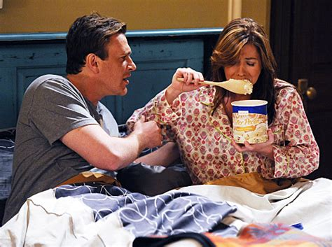 eating ice cream before bed image in bed eating ice cream jpg how i met your mother wiki