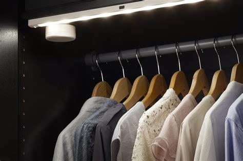illuminazione per armadi awesome illuminazione cabina armadio ideas