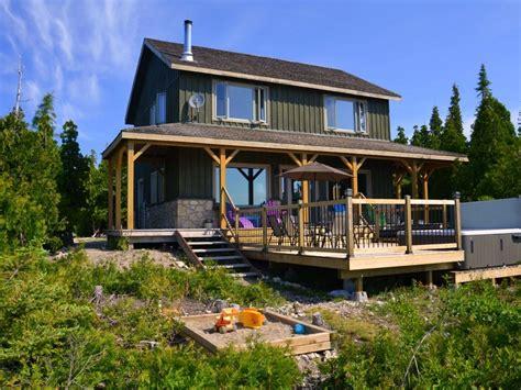 tobermory cottage lake huron waterfront vrbo