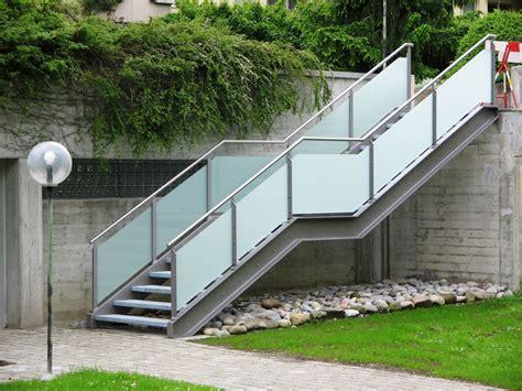 Geländer Treppe Glas by Metallbau Tangemann Metallbau