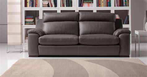 canapé cuir vachette ou buffle salons moderne cuir confortable haut dossier sur univers