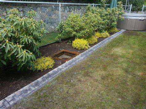Metal Garden Edging Ideas Landscaping Edging Design Ideas Invisibleinkradio Home Decor