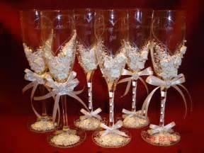 diy wedding chagne glasses wedding theme ideas wine