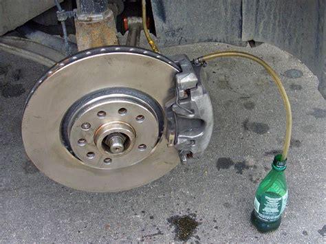 automotive service manuals 2006 saab 42072 regenerative braking service manual how to bleed brakes 2002 saab 42072 service manual how to bleed brakes on a