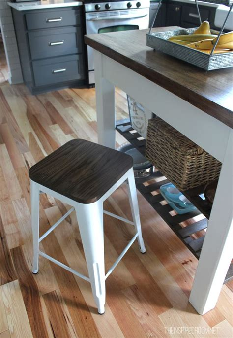 best floor color to hide dirt 33 best images about floor on pinterest kitchen