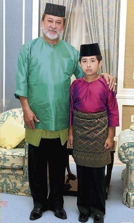 kesultanan johor sultan ibrahim buka istana  rakyat