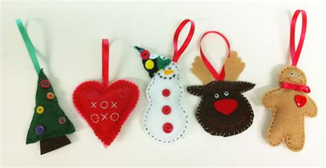 hand sew felt christmas decorations monday am the lime